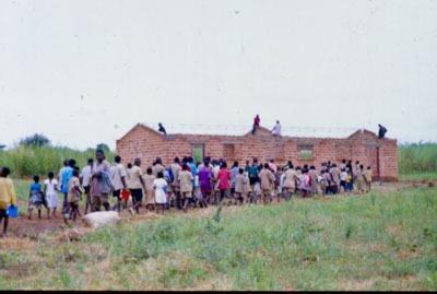 Inaugurazione di una scuola